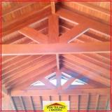 madeira para telhado colonial